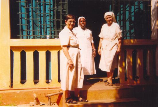 Kolowaré avec Soeurs Jacqueline et Marie Angéla