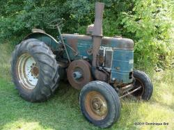 le légendaire tracteur anglais Field Marshall III de 1950.