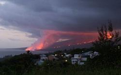 Coulees de lave lors de l'éruption du Piton des Neiges