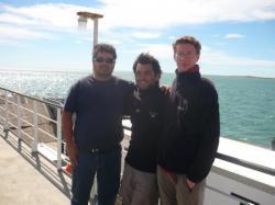 Claudio, Martin y yo cruzando el estrecho de Magallanes