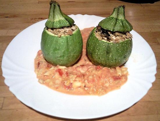 Courgettes farcies au gorgonzola et tomate