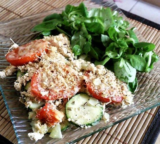 Gratin de tofu, courgettes et tomates