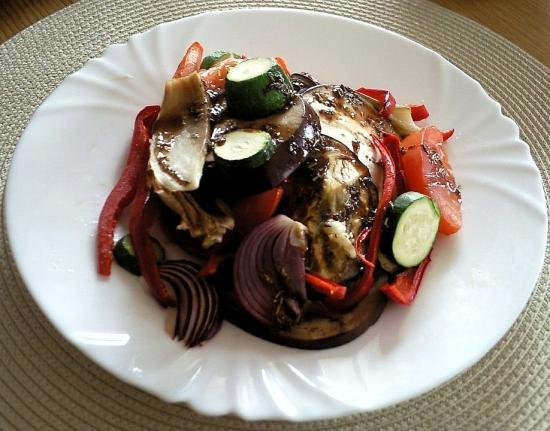 Salade de légumes à la sauce moutardée