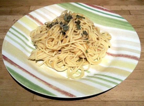 Spaghetti à la courge et à la sauge