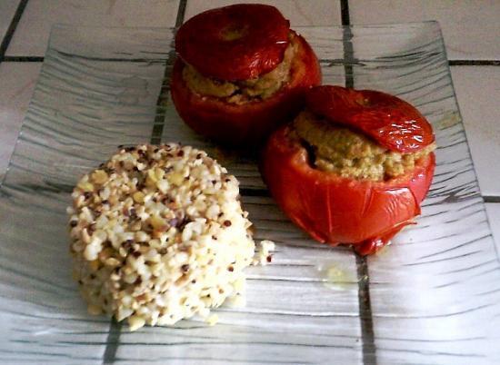 Tomates farcies aux pistou et au soja