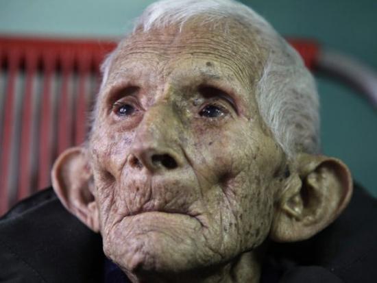 Le vieillard ne détient pas le record de longévité l homme le plus