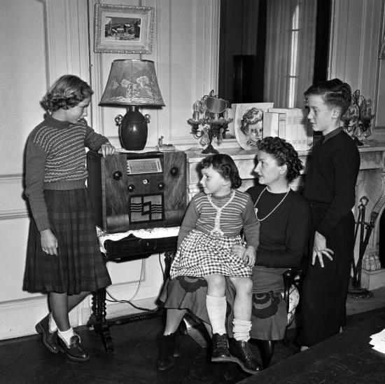 Les ann es 1950 for Femme au foyer annees 50