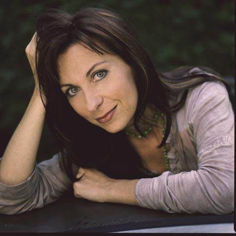 n dessay Natalie dessay en concert : particulièrement appréciée du public, cette  soprano se démarque également auprès des professionnels de la musique.