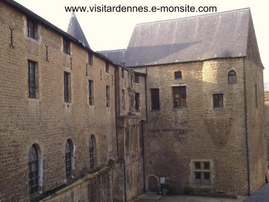 """La galerie des Princes et le toit de la """" grosse """" tour"""