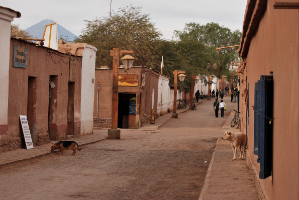 Rue piétonne Caracoles á San Pedro d'Atacama