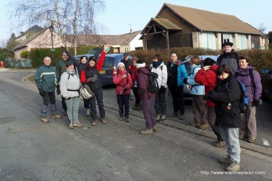 Dix-huit randonneurs à Maudétour