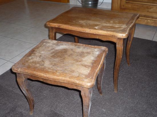 les petites tables gigognes. Black Bedroom Furniture Sets. Home Design Ideas