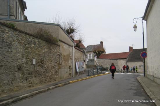 Rue de la Mairie à Arronville