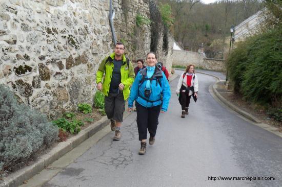 Richard et moi, Rue du Château à Menouville