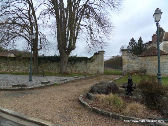 Entrée du parc du Domaine de Balincourt
