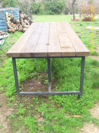 Table d 39 exterieur en bois for Table exterieur sur mesure